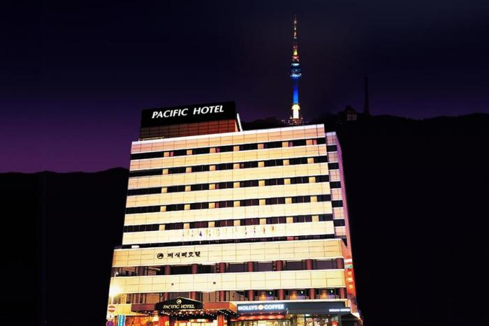 Pacific Hotel Photo