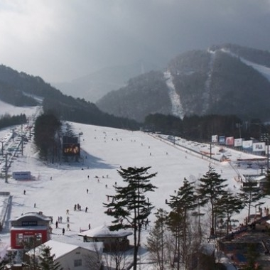 Yong Pyong Ski Resort Tour